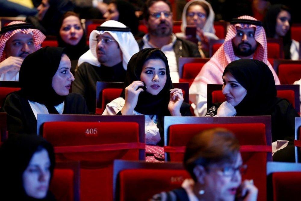 35 жилийн дараа Саудын Арабт кинотеатрыг зөвшөөрлөө