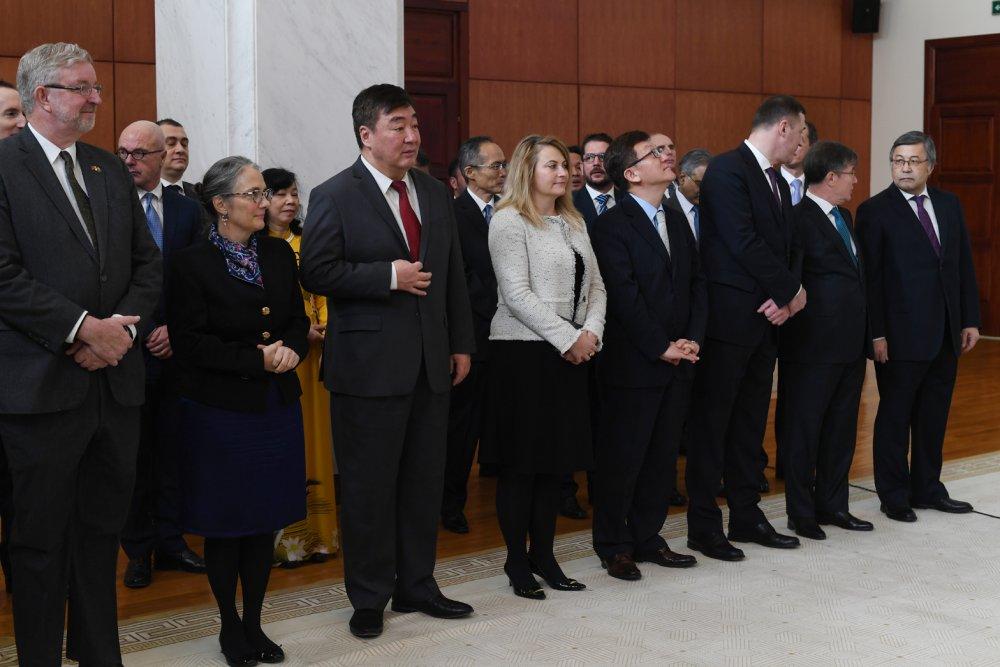 Ерөнхийлөгч дипломат корпус, олон улсын байгууллагын төлөөллүүдийг хүлээн авч уулзлаа