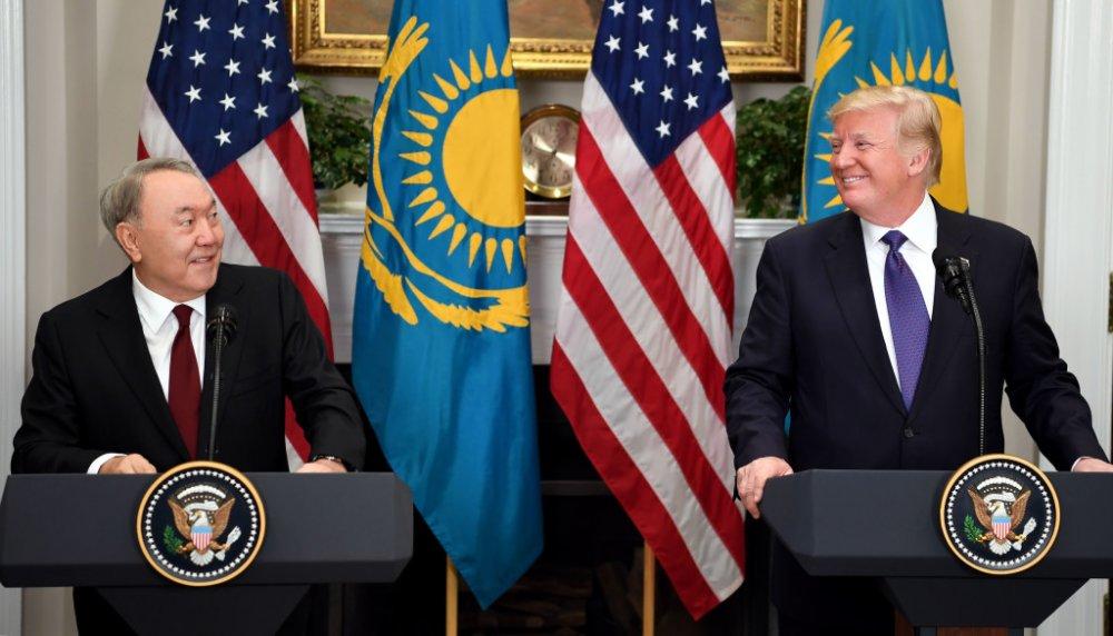 Нурсултан Назарбаев, Дональд Трамп нарын УУЛЗАЛТ эхэллээ