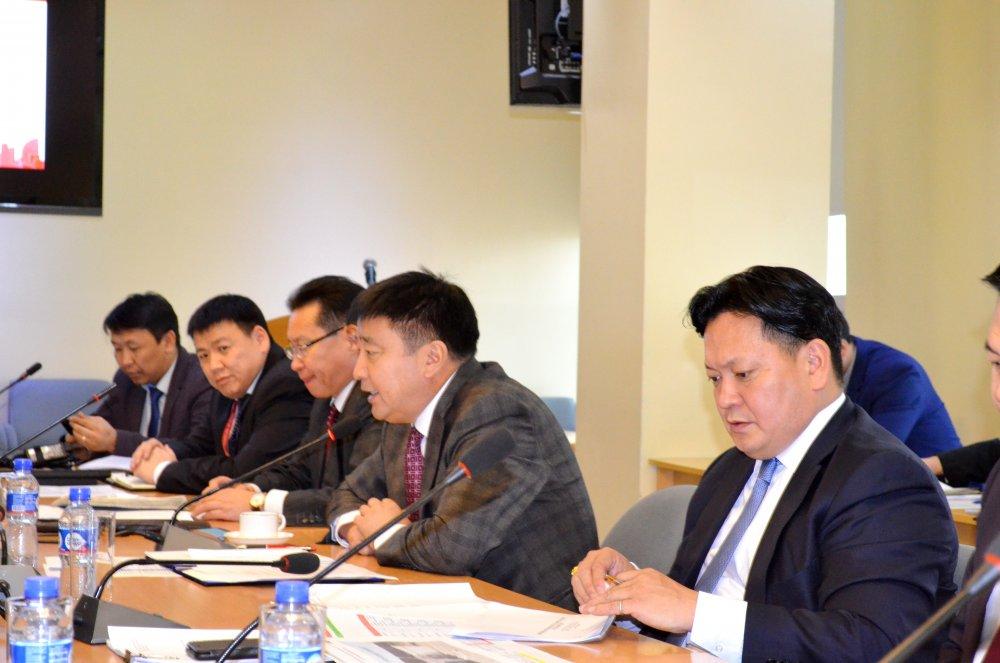 Нийслэлийн удирдлагууд Барилга, хот байгуулалтын сайдтай ажил хэргийн уулзалт хийлээ Arslan.mn