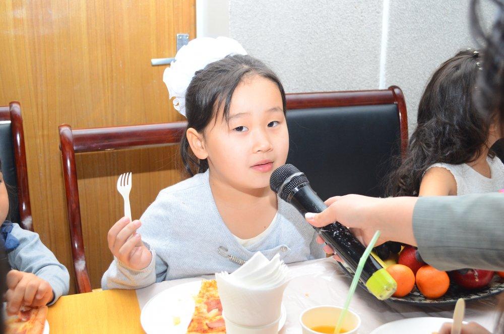 th2cxn8etf Хөгжлийн бэрхшээлтэй хүүхдүүдийн ХҮСЛИЙГ биелүүлсэн шинэ жил