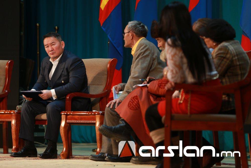 Монгол Улсын Ерөнхийлөгч Х.Баттулга Чингэлтэй дүүргийн иргэдтэй уулзлаа