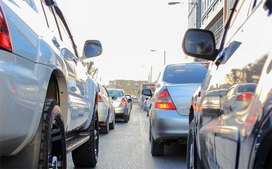 Автомашинтай иргэдийг нийтийн тээврийн хэрэгслээр үйлчлүүлэхийг зөвлөж байна