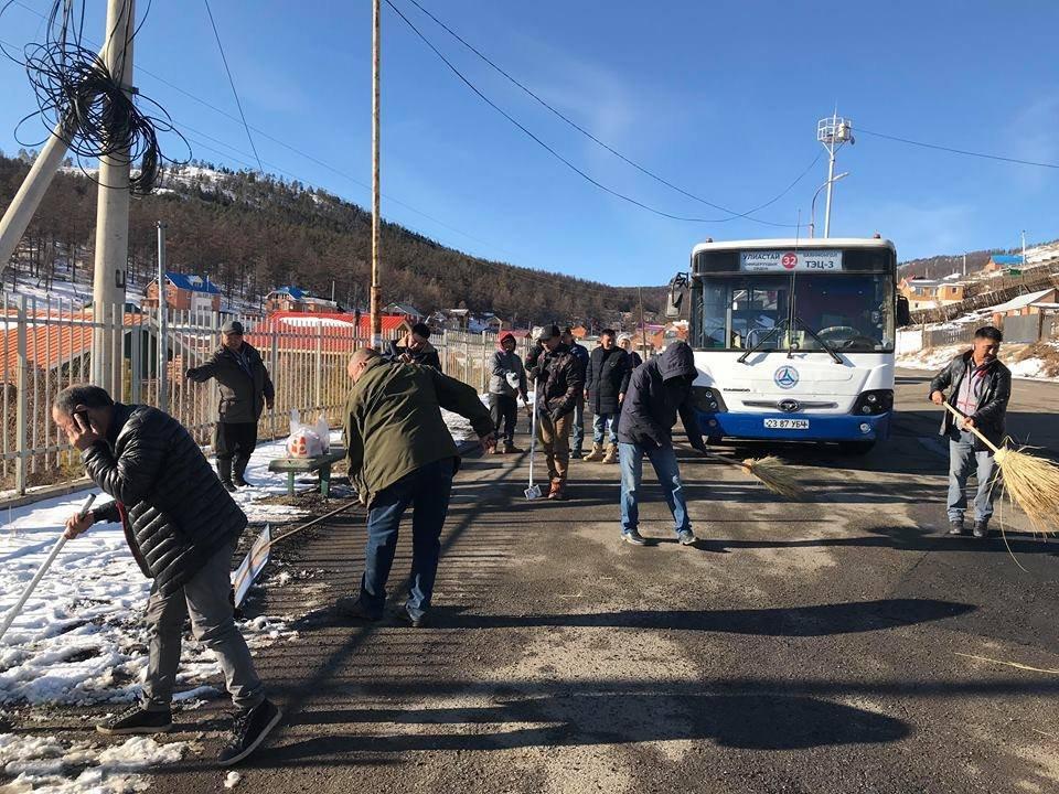 Нийтийн тээврийн үйлчилгээ эрхлэгч байгууллагууд автобусны  буудлуудыг цэвэрлэлээ Arslan.mn
