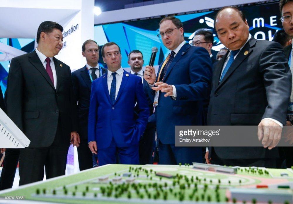 ОХУ-ын Ерөнхий сайдын албан ёсны айлчлал Шанхай хотоос эхэлжээ
