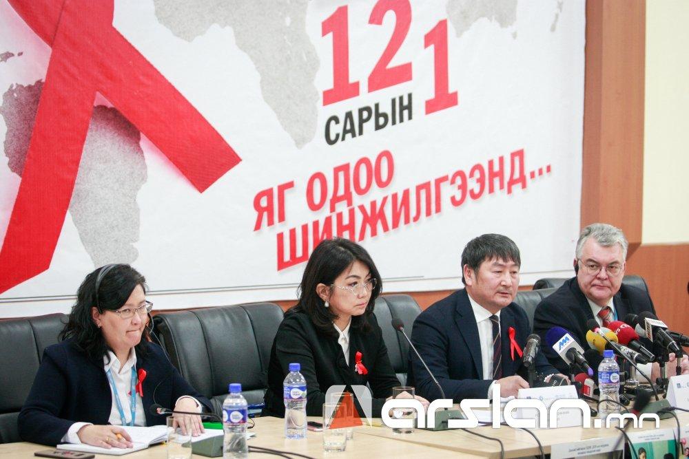 ФОТО: Монголд ХДХВ-ийн халдвартай 16 ээжээс 24 хүүхэд эрүүл төржээ