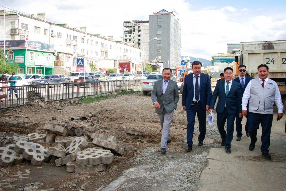 """""""E-mart"""" орчмын борооны ус зайлуулах шугамын ажил наадмын өмнө дуусна Arslan.mn"""