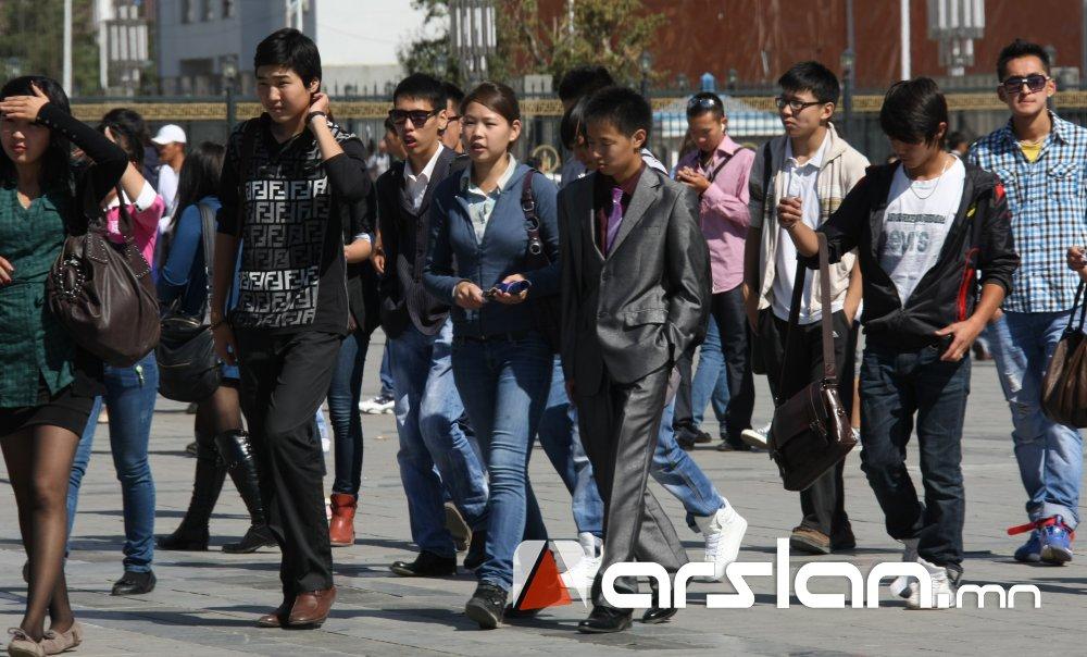Б.Зоригоо: Энэ хичээлийн жилд 32 мянга гаруй оюутанд 72.5 тэрбум төгрөгийн зээл олгоно