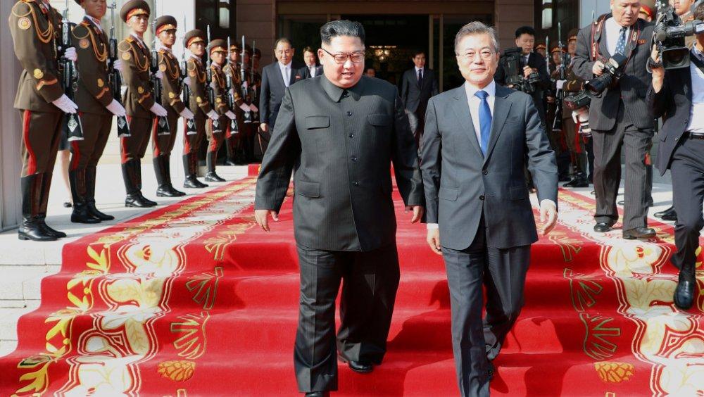 Хоёр Солонгосын удирдагч гурав дахь удаагаа уулзана