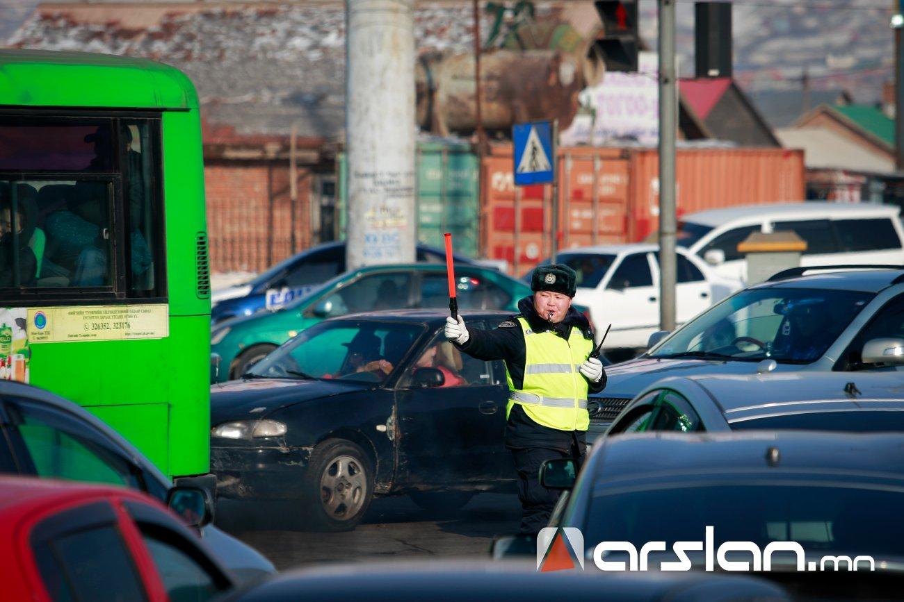 ФОТО: Цагдаагийн алба бүрэн бүрэлдэхүүнээрээ ажиллаж байна