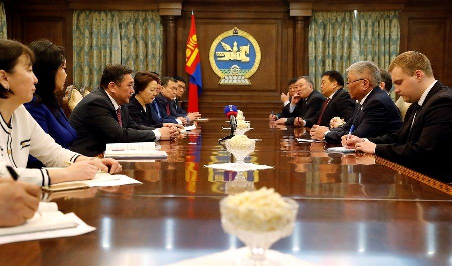 ОХУ-ын Бүгд Найрамдах Буриад Улсын Ардын Хурлын дарга Ц.Э.Доржиевийг хүлээн авч уулзав