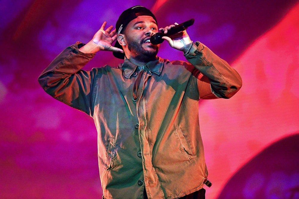 The Weeknd Селенад зориулсан дуугаа дуулахдаа нулимсаа барьж дийлсэнгүй Arslan.mn