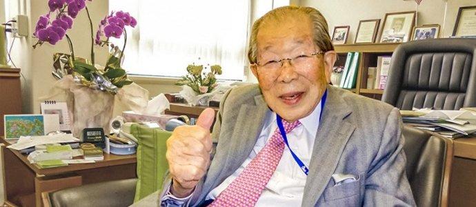 105 насалсан япон эмч эрүүл энх, урт удаан наслалтын нууцыг дэлгэв