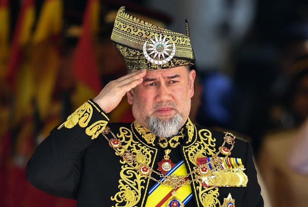 Малайзын Эзэн хаан тавдугаар Султан Мухамад хаан суудлаасаа татгалзлаа