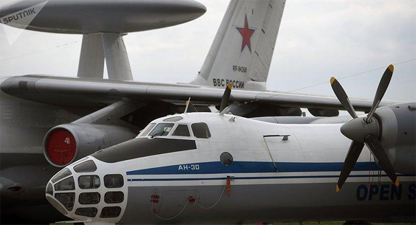 ОХУ-ын цэргүүд Латвийг агаараас ажиглана