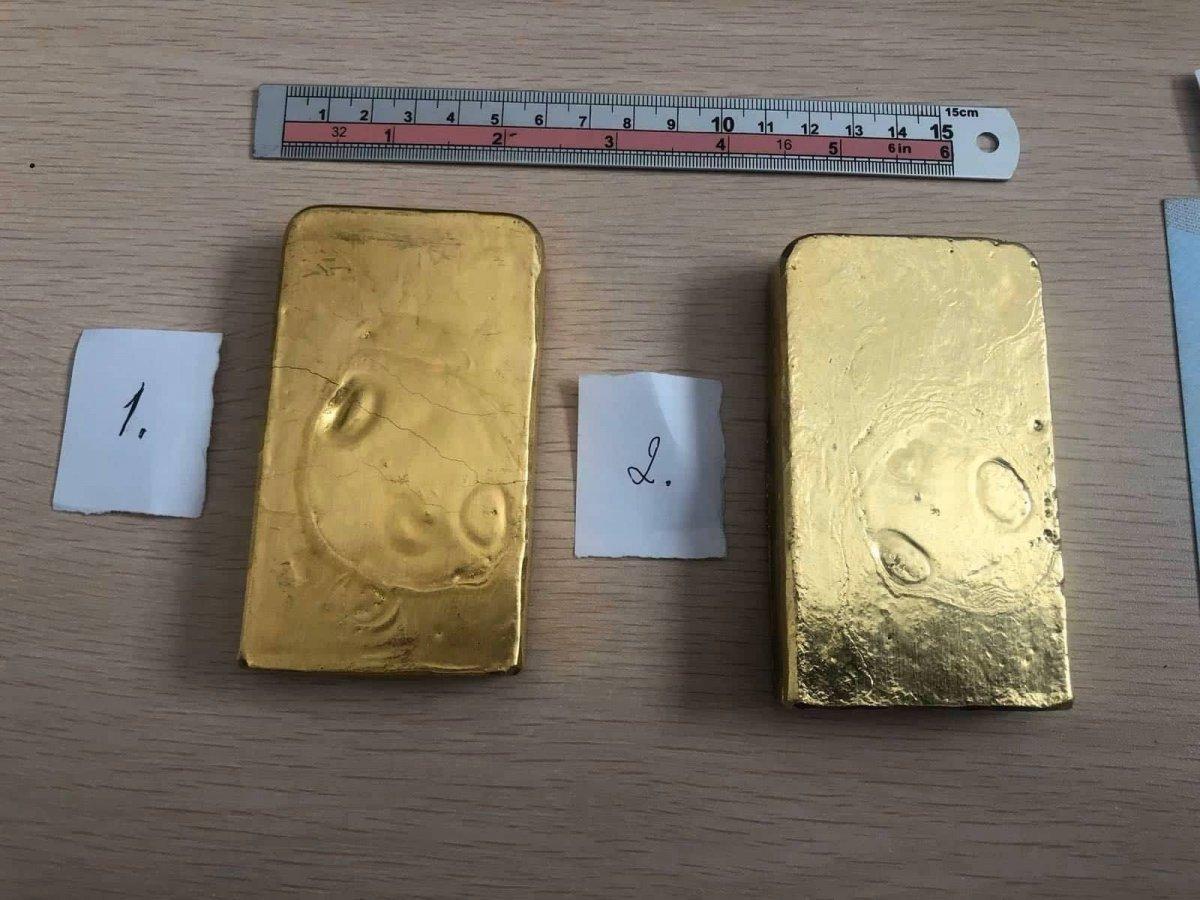 ХЭРЭГ: Улсын хилээр 2.7 килограмм алт нэвтрүүлэхийг завджээ