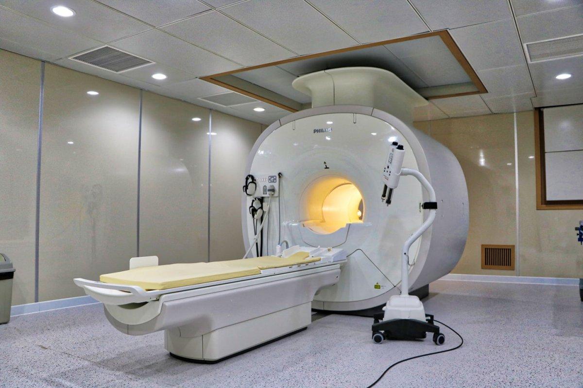 Улсын гуравдугаар төв эмнэлэг 2.2 тэрбумын MRI аппараттай боллоо