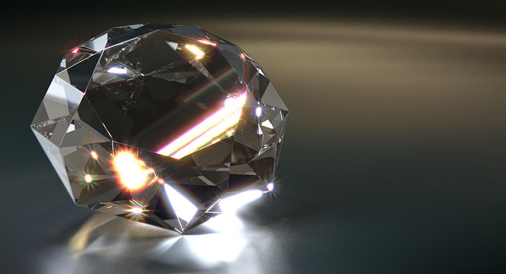 Матрёшка эрдэнийн чулуу олжээ
