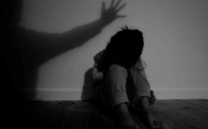 14 настай төрсөн охиноо удаа дараа хүчирхийлсэн этгээдэд ЭРҮҮГИЙН ХЭРЭГ үүсгэлээ