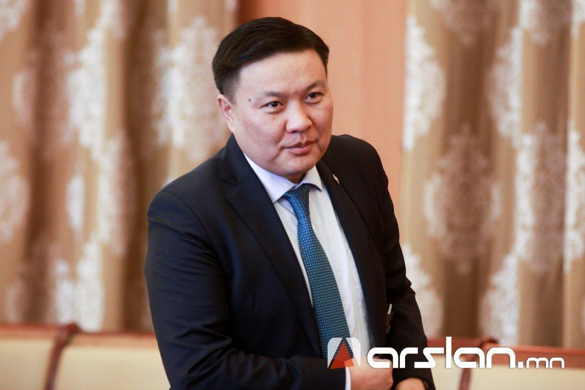 Н.Цэрэнбат: Трампын хүүгийн талаарх мэдээллийг том орны улс төрийн зодоонд Монголыг хавчуулж байна гэж л харж байна