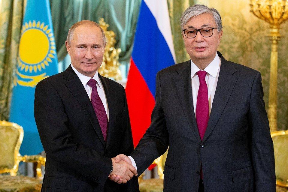 В.Путин Казахстанд атомын цахилгаан станц барих санал тавьжээ