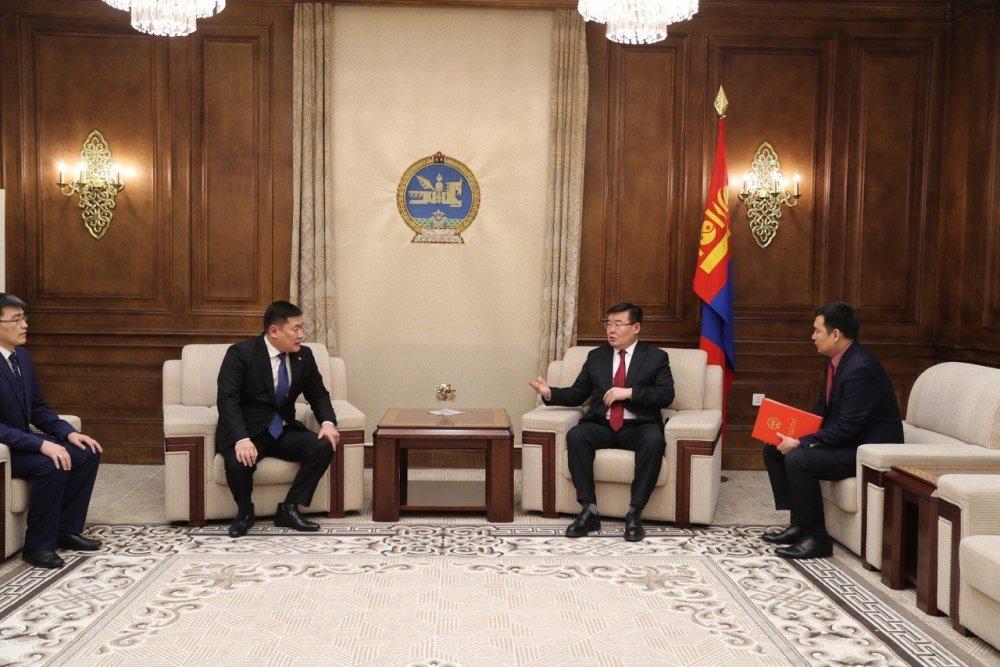 """""""Монгол Улсын эдийн засаг, нийгмийг 2018 онд хөгжүүлэх үндсэн чиглэл""""-ийн биелэлтийг өргөн мэдүүлэв"""