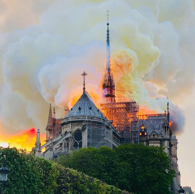 Түймэрт шатсан Парисын дарь эхийн сүмийг сэргээн босгоно