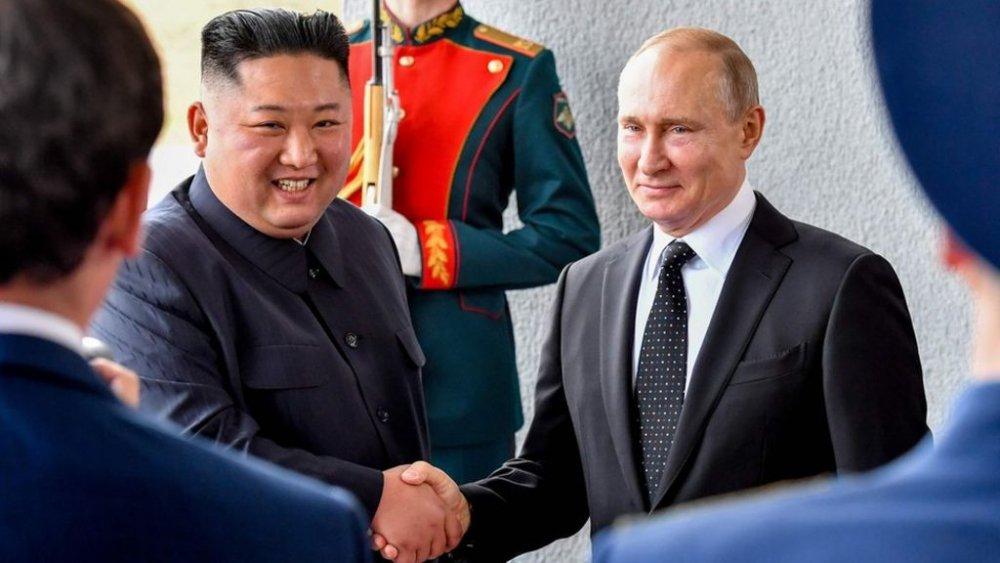 Владимир Путин, Ким Жон Ун нарын анхны уулзалт эхэллээ