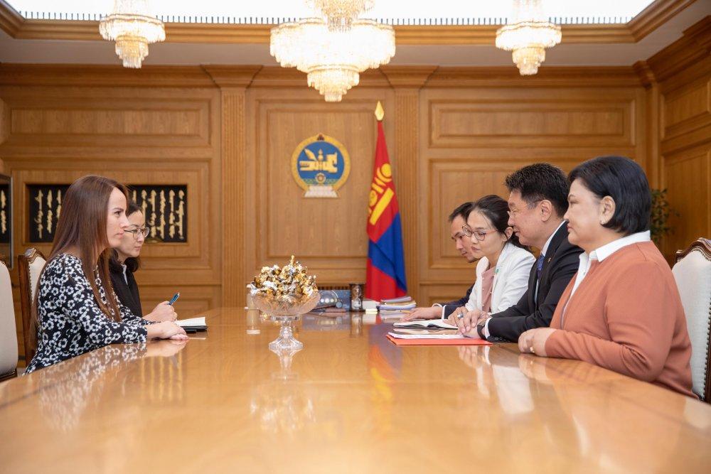 Ерөнхий сайд У.Хүрэлсүх ОУПХ-ны ерөнхийлөгчийг хүлээн авч уулзав