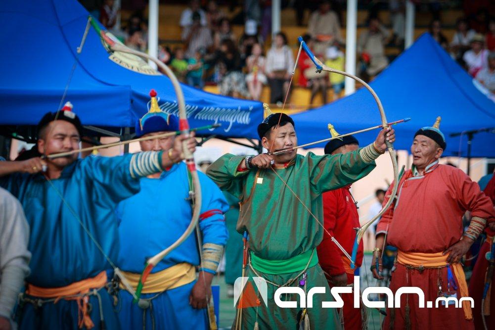 Уухай хадаах Урианхай сур харваагаар Монгол наадам өнөөдөр эхэлнэ