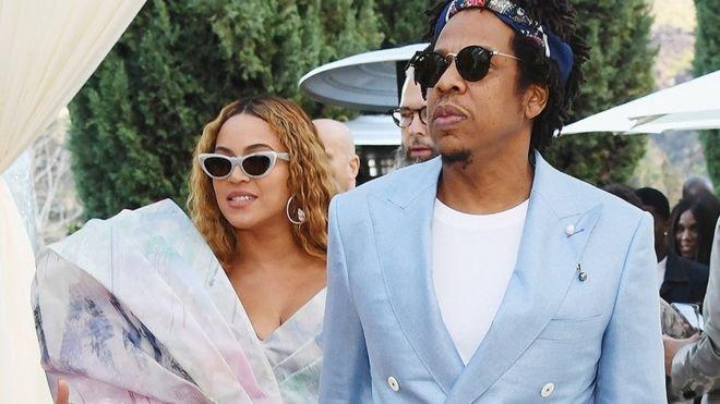 Jay-Z нэг тэрбум ам.доллар олсон анхны рэпер боллоо
