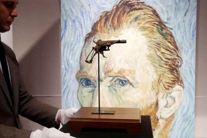 Ван Гогийн амиа хорлосон бууг дуудлагаар худалдав