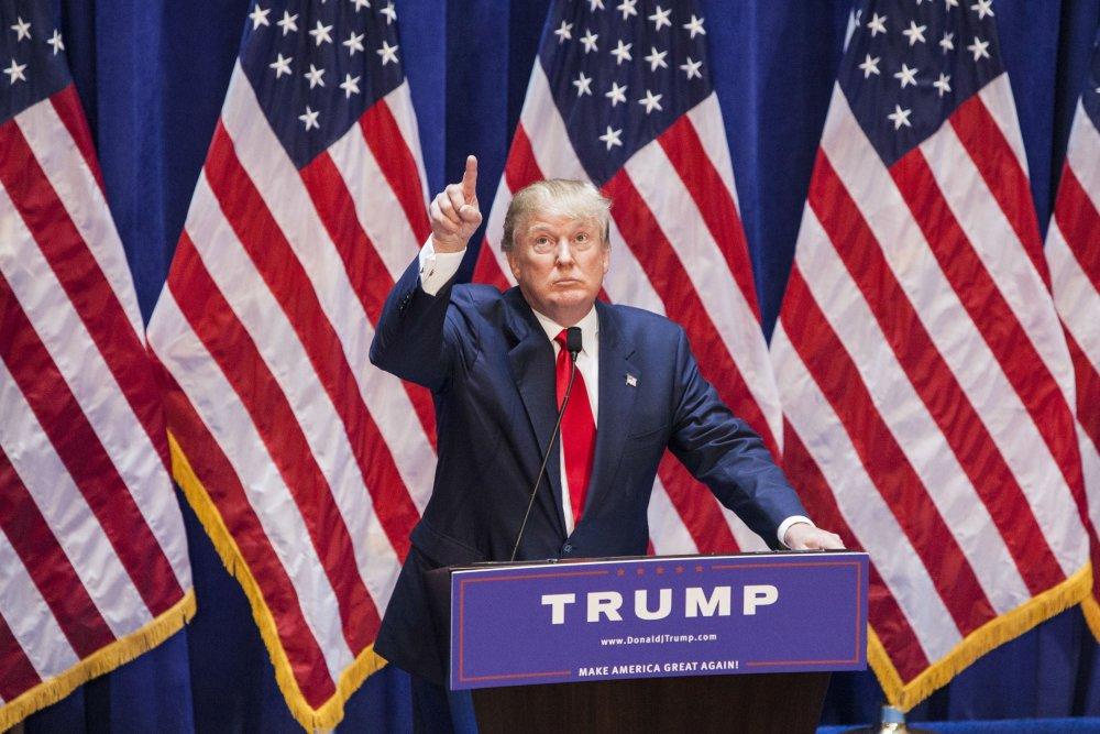 Д.Трамп дахин нэр дэвшинэ гэдгээ албан ёсоор мэдэгдлээ