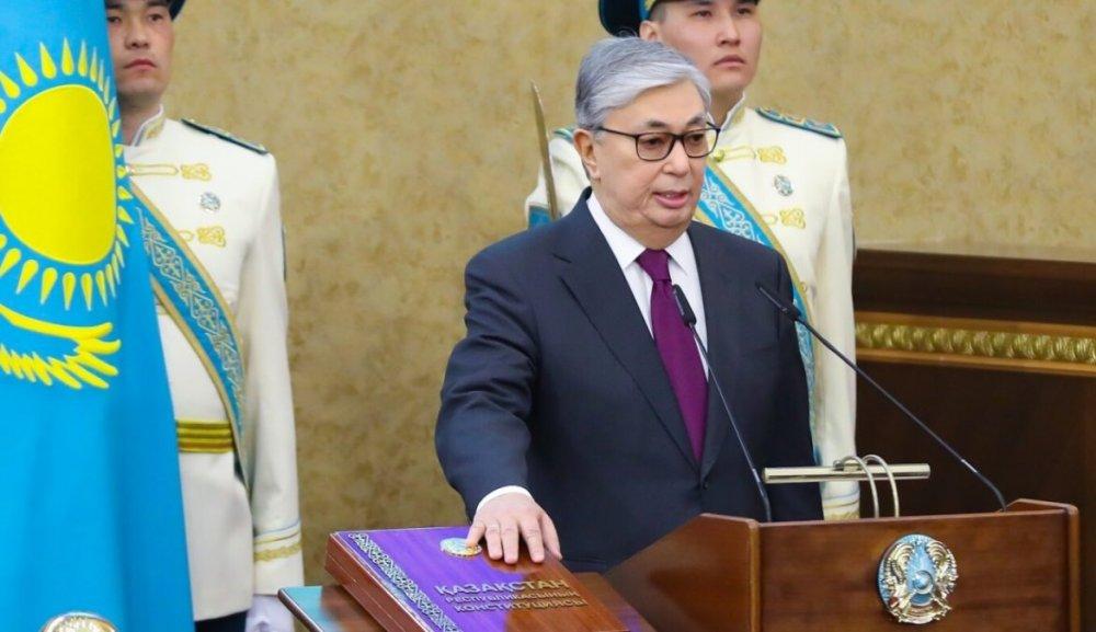 Шинэ ерөнхийлөгч Касым-Жомарт Токаев тангаргаа өргөжээ