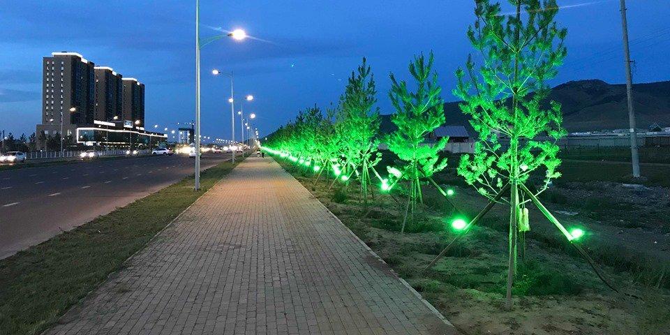 Улаанбаатарт гэрлэн чимэглэл бүхий гудамж нэгээр нэмэгдлээ