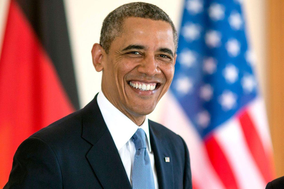 PEOPLE: Барак Обама 58 нас хүрлээ