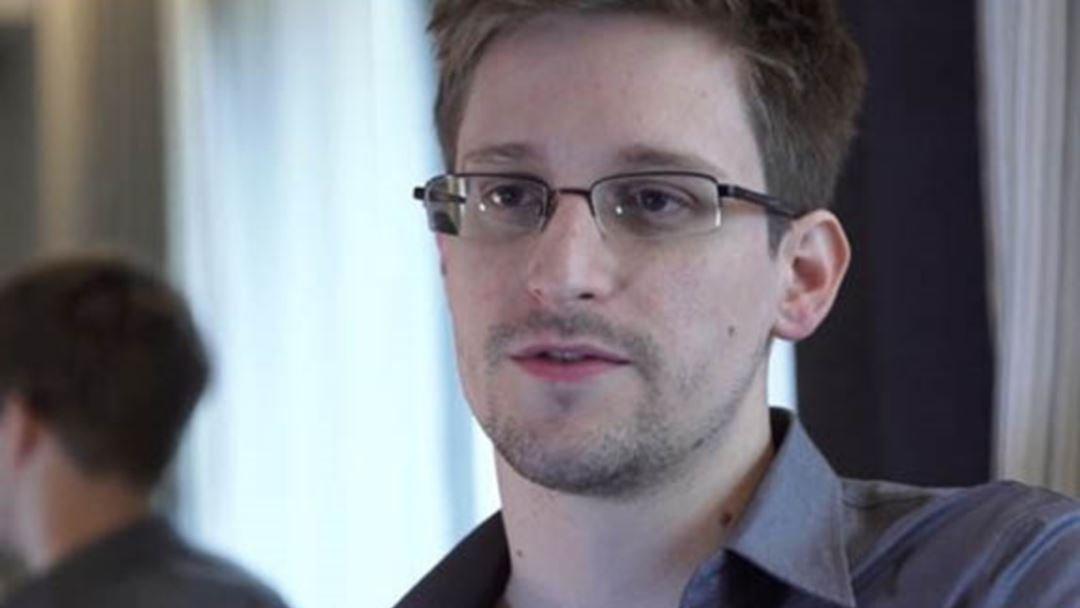 """Эдвард Сноуден:WhatsApp"""" болон """"Telegram"""" ашиглах нь аюултай"""