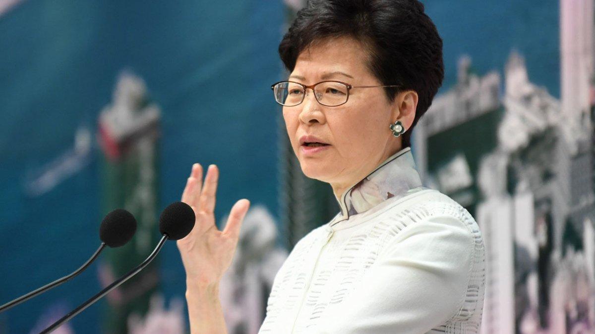 Хонг Конгийн захирагч огцрох хүсэлтэй байгаа ч Бээжин зөвшөөрөхгүй байгааг ярьсан бичлэг задарчээ