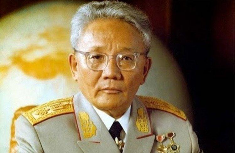 БНМАУ-ын баатар, маршал Ю.Цэдэнбал агсны 103 жилийн ой тохиож байна