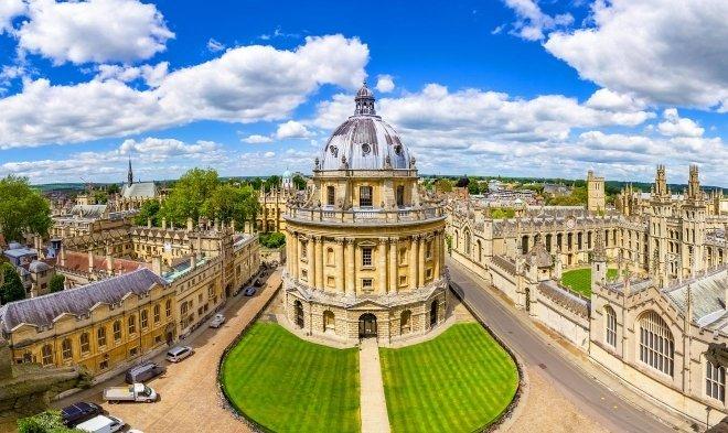 ЖАГСААЛТ: Дэлхийн шилдэг сургуулиудыг Оксфордын их сургууль тэргүүлжээ
