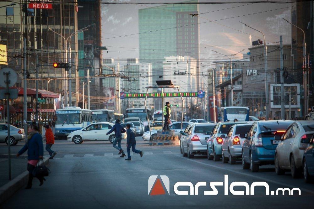 ШУУД: Өчигдөр зам тээврийн ослын улмаас 6 хүн гэмтэж, нэг хүн нас баржээ