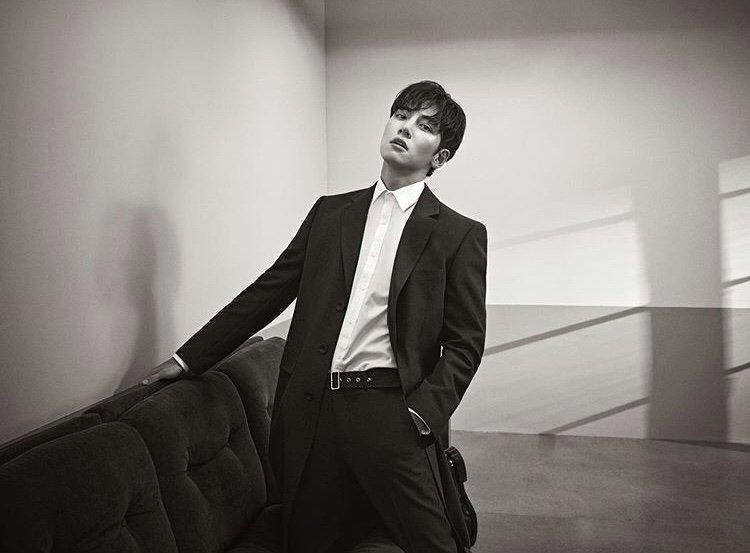 """""""Calvin Klein"""" брэндийн нүүр царайгаар АНХ УДАА солонгос ЖҮЖИГЧИН  ажиллана"""