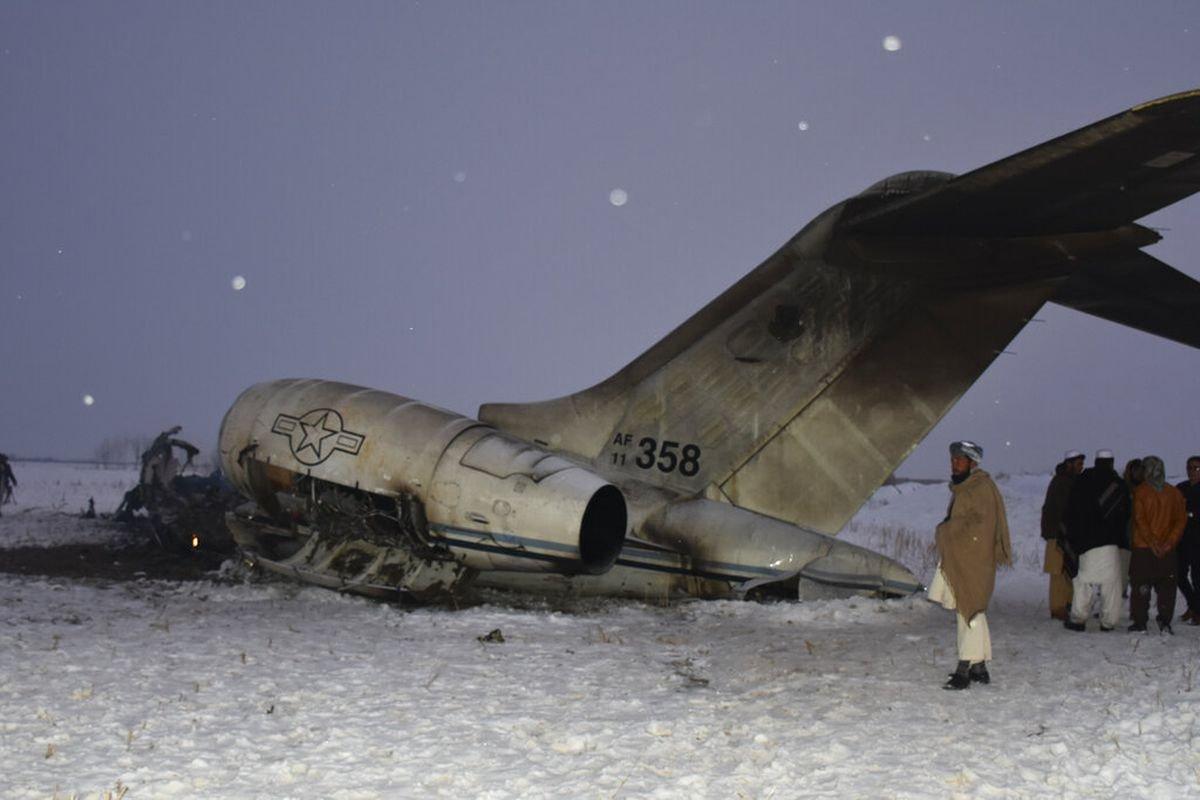 """ВИДЕО: АНУ-ын """"Bombardier E-11A"""" цэргийн нисэх онгоц тодорхойгүй шалтгаанаар унажээ"""