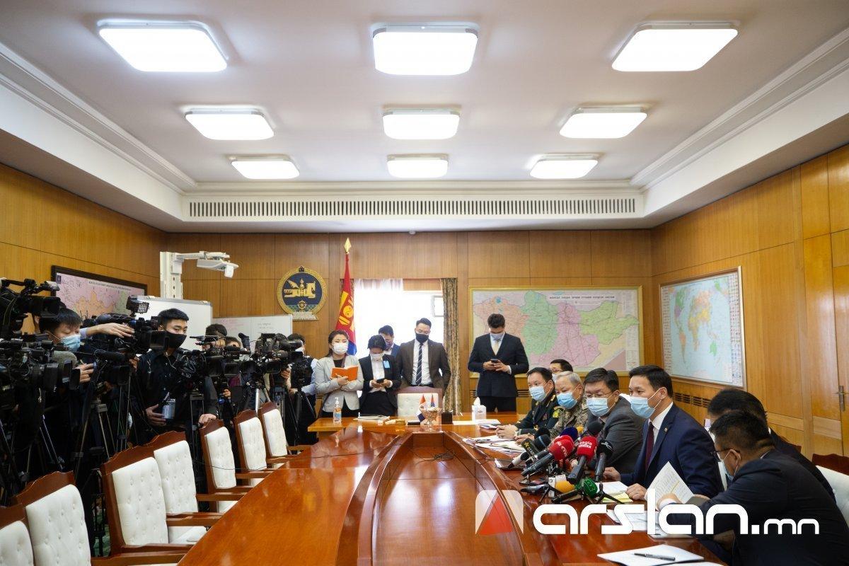 УОК-ын хурал 11:00, Засгийн газрын ээлжит бус хурал 14:00 цагт товлогджээ