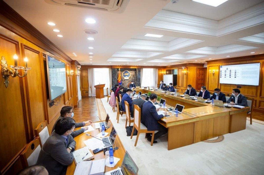 Засгийн газрын хуралдаан 17 цагт болж  хойшилжээ