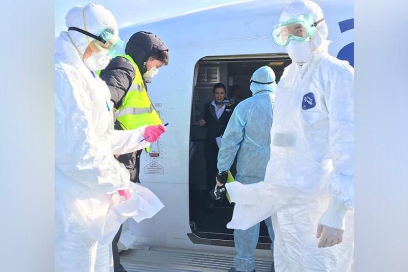 COVID-19: Казахстан улсад халдвар авсан хүний тоо 27 болжээ