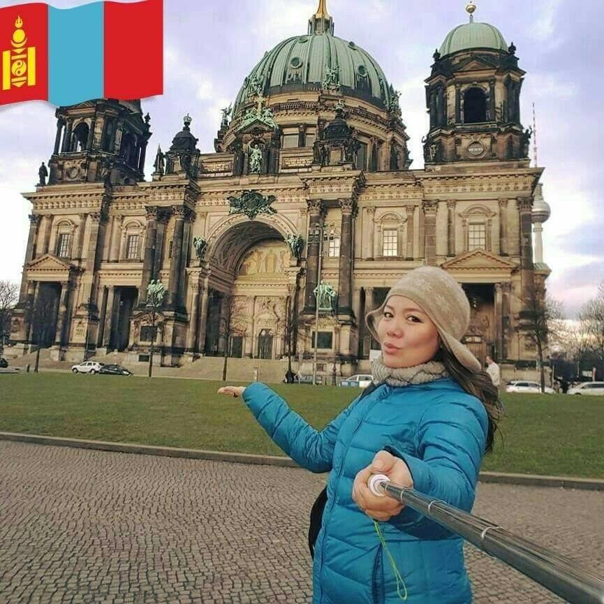 Монгол бүсгүй германы эмнэлэгт коронавирустэй тэмцэж ажиллахаар болжээ