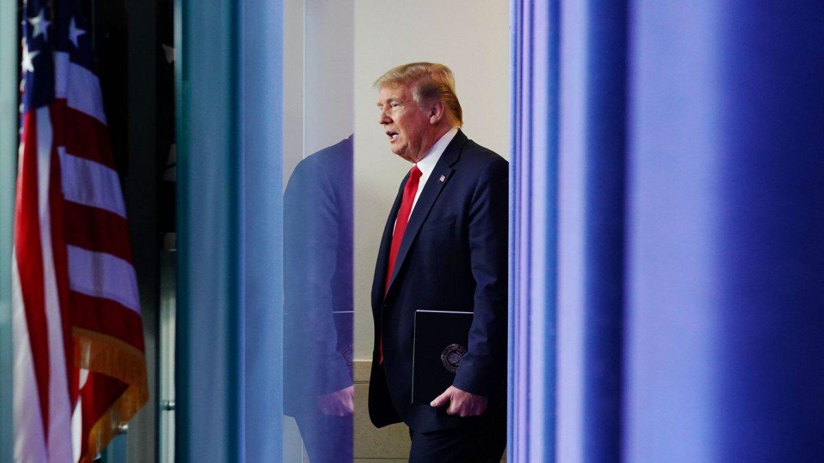 Трамп ДЭМБ-ын санхүүжилтээ зогсоохоор шийдсэн тухай мэдэгджээ
