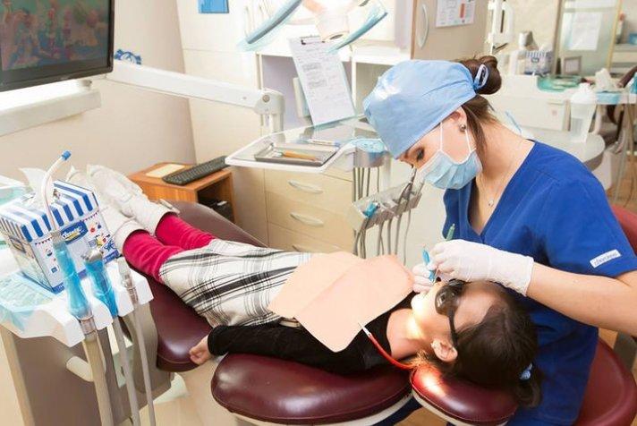 116 мянган хүүхэд шүдээ үнэгүй эмчлүүлжээ