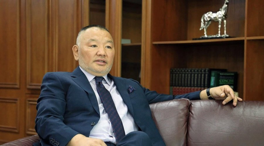 """""""Сахал"""" Д.Эрдэнэбилэг Худалдаа Хөгжлийн Банк, Улаанбаатар хотын банкаа нэгтгэлээ"""